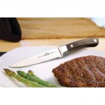 1000.55208_knife_in_use_napoleon_grills